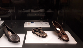 Zapatos de víctimas